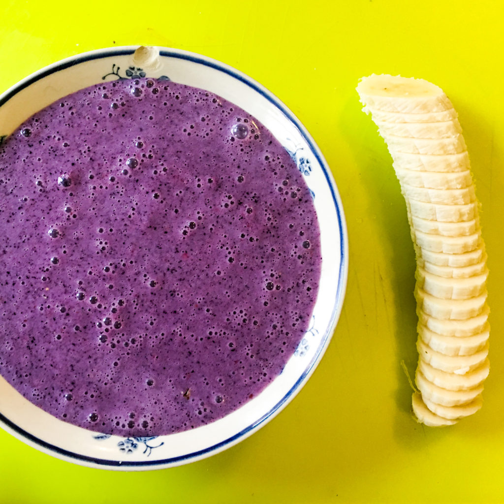 vegan, acai, bowl, healthy, blog, tutorial, recipe, raw, dairy-free, fruit, smoothie, chia, vegan